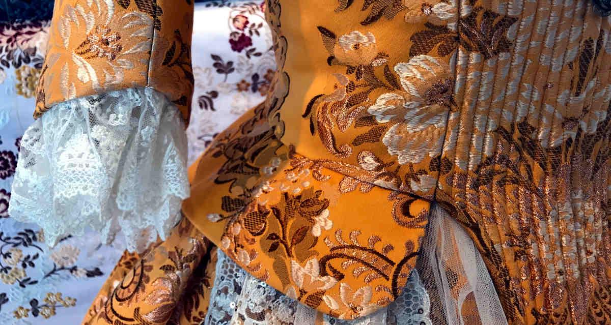 Traje valenciana S.XVIII mandarina